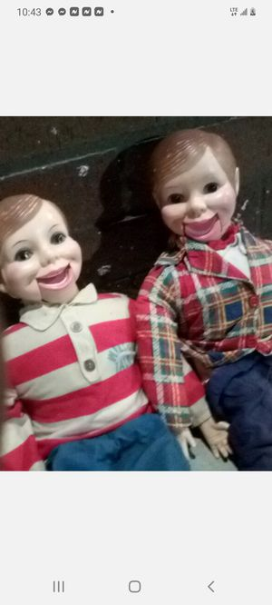 Vintage Wlie Talk Dolls for Sale in North Las Vegas, NV