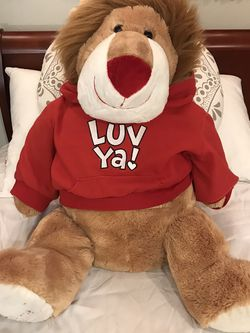 Lion Stuffed Animal Valentine's Day for Sale in Woodburn,  OR