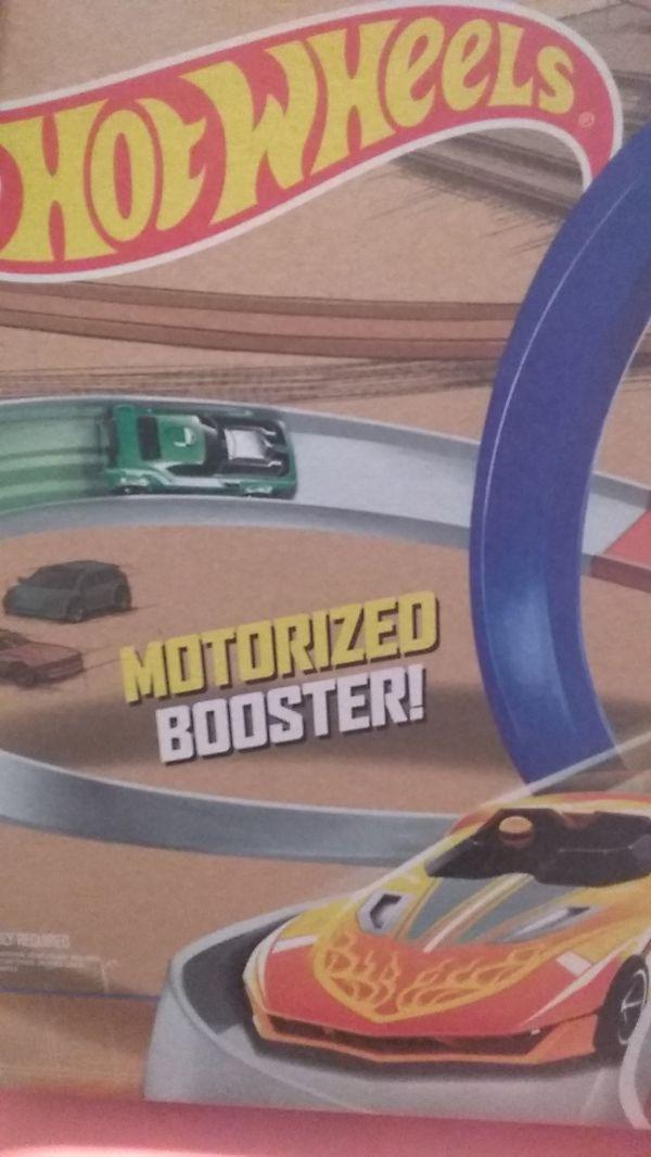 Hot wheels track
