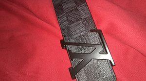 Louis Vuitton belt. Black damier .Size 34 worn for Sale in Nashville, TN