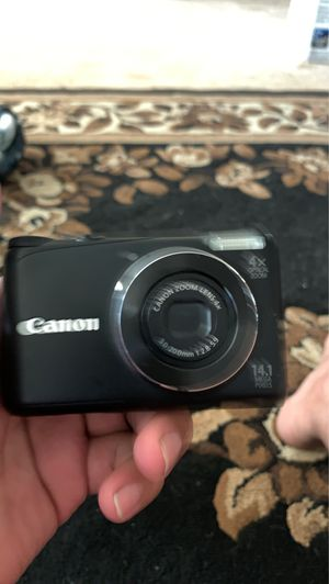 Canon PowerShot A2200 14.1 MP Compact Digital Camera - 720p for Sale in Lemoore, CA