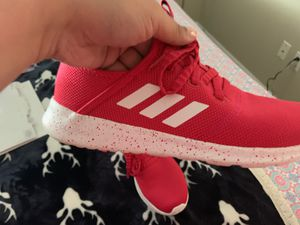 Adidas shoes pink for Sale in Kissimmee, FL