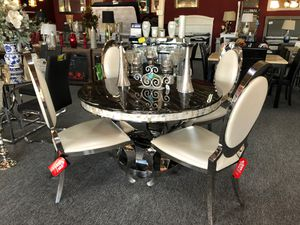 Contemporary pearl white leather & black faux marble top 5 piece dining table set for Sale in Irving, TX