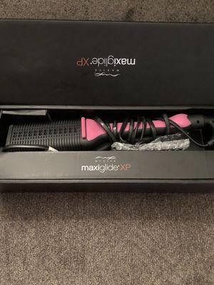 Maxius Hair Straightener XP - Pink for Sale in Lynchburg, VA