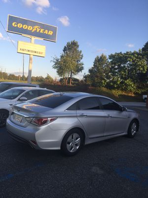 2012 Hyundai Sonata Hybrid for Sale in Atlanta, GA