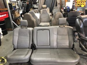 Ford super duty truck parts. F250 f350 f450 f550 for Sale in Lawrence Township, NJ