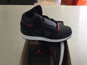New Kid's Air Jordan 1 Retro High OG size 7Y (size 4.5 available also) for Sale in San Diego, CA