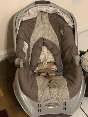 Graco Car Seat For A Boy or A Girl for Sale in West Palm Beach, FL