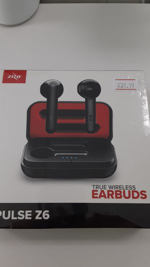 Zizo wireless earbuds with charging case for Sale in San Angelo, TX
