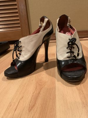 """Moschino Cheap & Chic 4 - 4 1/4"""" Leather Heels for Sale in Tampa, FL"""