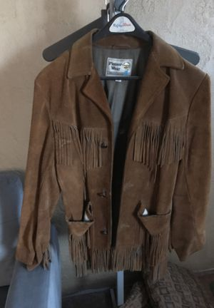 Vintage fringe brown suede jacket. Size 40 for Sale in Albuquerque, NM