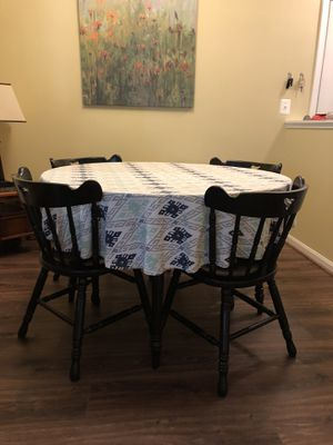 Round Dining Set for Sale in Alexandria, VA