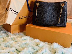 Louis Vuitton Surene MM BAG for Sale in Las Vegas, NV