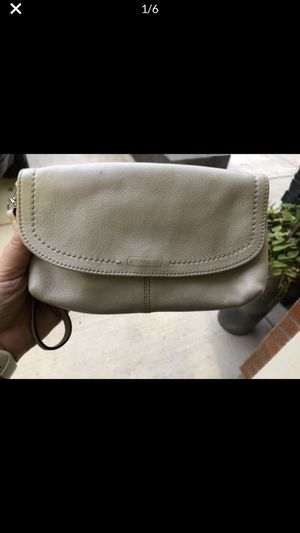 Coach wristlet Used in good condition for Sale in Battle Ground, WA