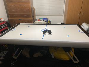 "MD Air Hockey Table 7.5 ft from Costco 90"" x 48"" x 32"" for Sale in Gilbert, AZ"