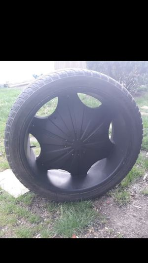 """24"""" Rims Black 6 Lugs universal (pick up only ) for Sale in Columbus, OH"""