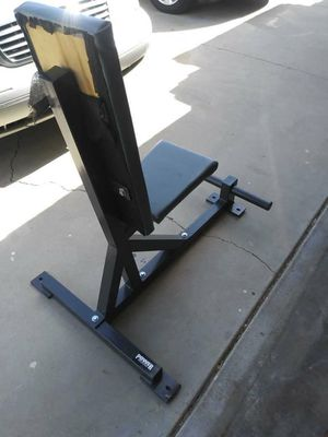 Seated dumbbell bench for Sale in Moreno Valley, CA