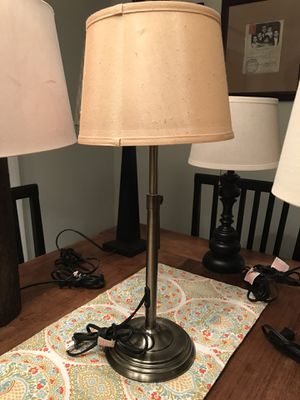 Antique brass accent/bedside lamp. for Sale in Kinnelon, NJ