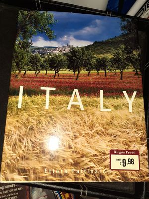 Hardback Italy Book for Sale in St. Louis, MO