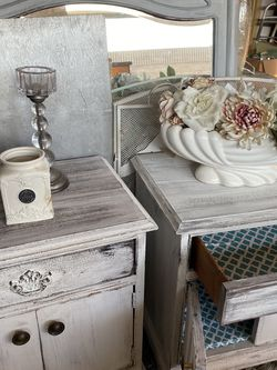 2 Matching Night Stands Rustic , Wood for Sale in Ontario,  CA