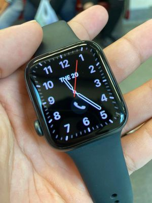 Apple series 5 aluminum 44mm for Sale in Argyle, MO