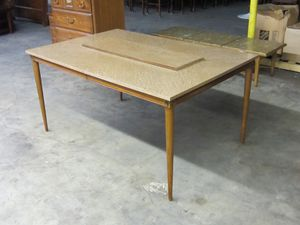 Vintage Mid Century Modern Dining Room Table with Leaf for Sale in Monroe, NC