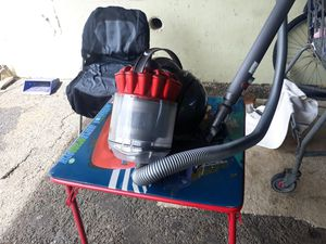 [Dyson] vacuum for Sale in Honolulu, HI