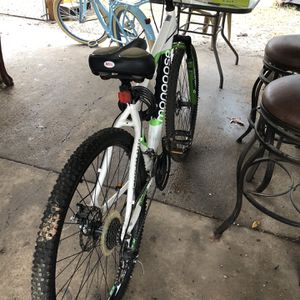 Mongoose 21 Speed Adult Bike for Sale in Garland, TX