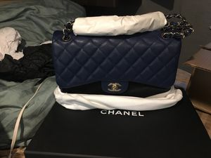 Authentic jumbo navy classic Chanel for Sale in Englewood, CO