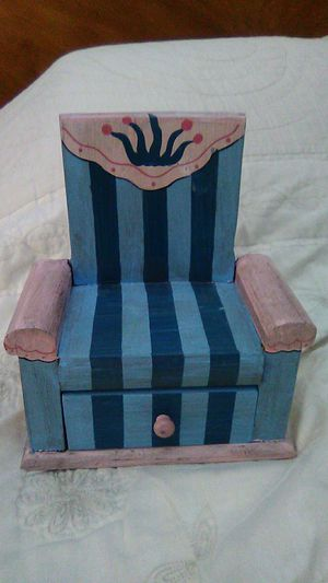 Little Chair for Sale in San Leandro, CA