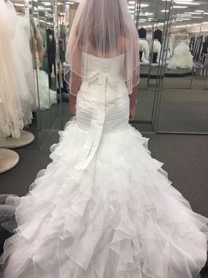 Wedding Dress (never used) for Sale in Converse, TX