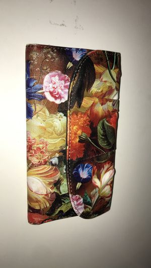Floral print wallet for Sale in Austin, TX