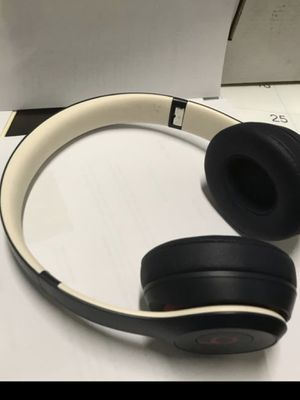 Dre beats solo 3 wireless for Sale in San Diego, CA