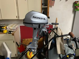 Like New 4hp Honda four stroke (less than 2 hours of use) for Sale in Safety Harbor, FL