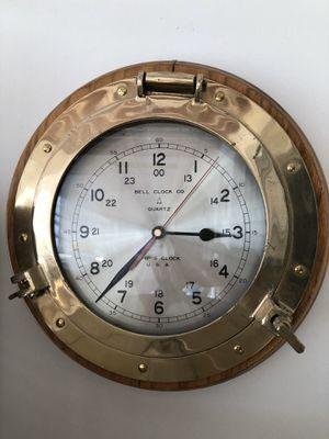 Antique clock for Sale in LAKE CLARKE, FL