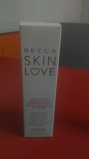 Becca skin love glow shield prime and set mist. Brighten and blur primer base and lluminatrice instant ,original beauty blender pro makeup sponge for Sale in Guadalupe, AZ