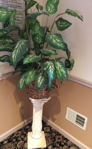 Artificial plant with stand for Sale in Gaithersburg, MD