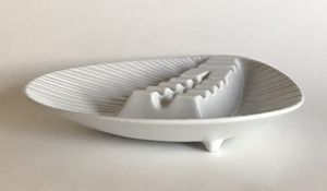 Vintage LARGE Mid Century Modern Royal Haeger Triangle Art Pottery Footed Ashtray for Sale in Naperville, IL