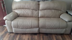 White leather couch for Sale in Calimesa, CA