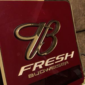 Vintage Neon Budweiser Sign for Sale in New Britain, CT