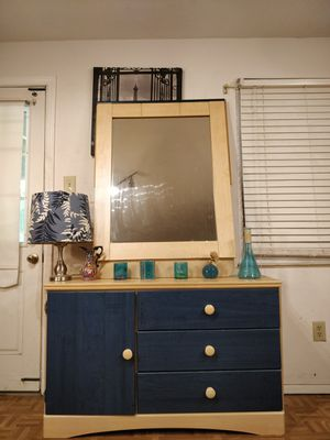 """Nice ASHLEY FURNITURE dresser with big mirror and drawers in good condition all drawers working well, driveway pickup. L48""""*W15""""*H30"""" for Sale in West Springfield, VA"""