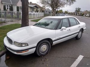 1998 Buick lesabre for Sale in Reedley, CA