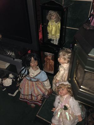 Glass Collection Dolls And Cabinets for Sale in Clinton, MD