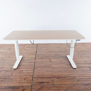 IKEA Bekant Contemporary Adjustable Laminate and Metal Standing Desk (1022333) for Sale in South San Francisco, CA