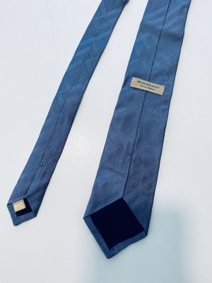 100% Authentic Burberry Tie for Sale in Long Beach, CA