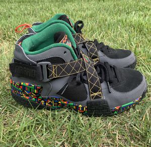Nike Air Raid Peace Urban Jungle Men's Sneakers Shoes Size 9.5 for Sale in Laurel, MD