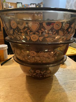 Vintage Pyrex glass mixing bowl set of three for Sale in Sandy, OR