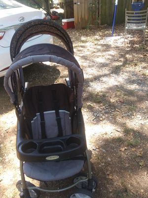 Double stroller for Sale in Carrollton, GA