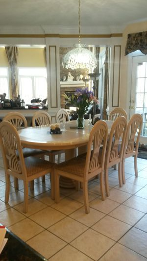 Gorgeous custom solid maple wood dining set for Sale in Silver Spring, MD