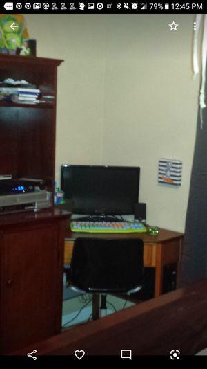 Desk- Corner desk for Sale in Winter Springs, FL